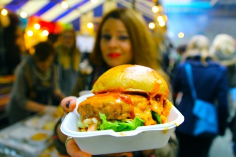 DELICIOUS LONDON AT FEAST FOOD - EATING, BLOOGING, ENJOYING!