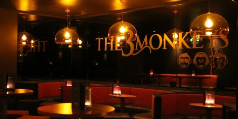THE THREE MONKEYS BAR BALHAM