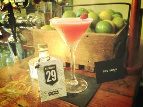 SAMPLING NEW DRINKS AT LONDONS TOP BARS