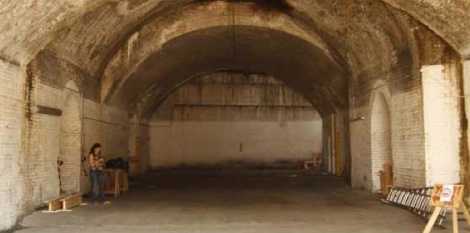 AUG 2013, BERMONDSEY ARCHES, NEW SPACE.