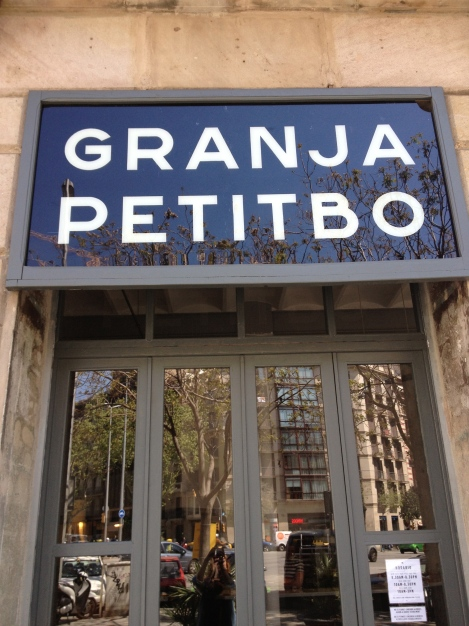 TYPICAL OLD STYLE SIGNAGE IN BARCELONA