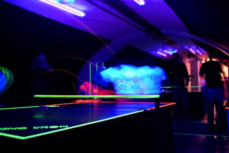 PINGTRON TUNNEL POP UP PARTY SPACE 1